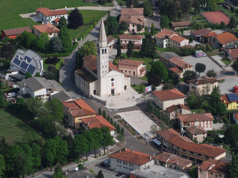 Panoramicha della parrocchia di Mansuè::Chiesa di San Mansueto Vescovo